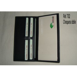 Ref. 702 Chequera doble con tarjetero de polipiel